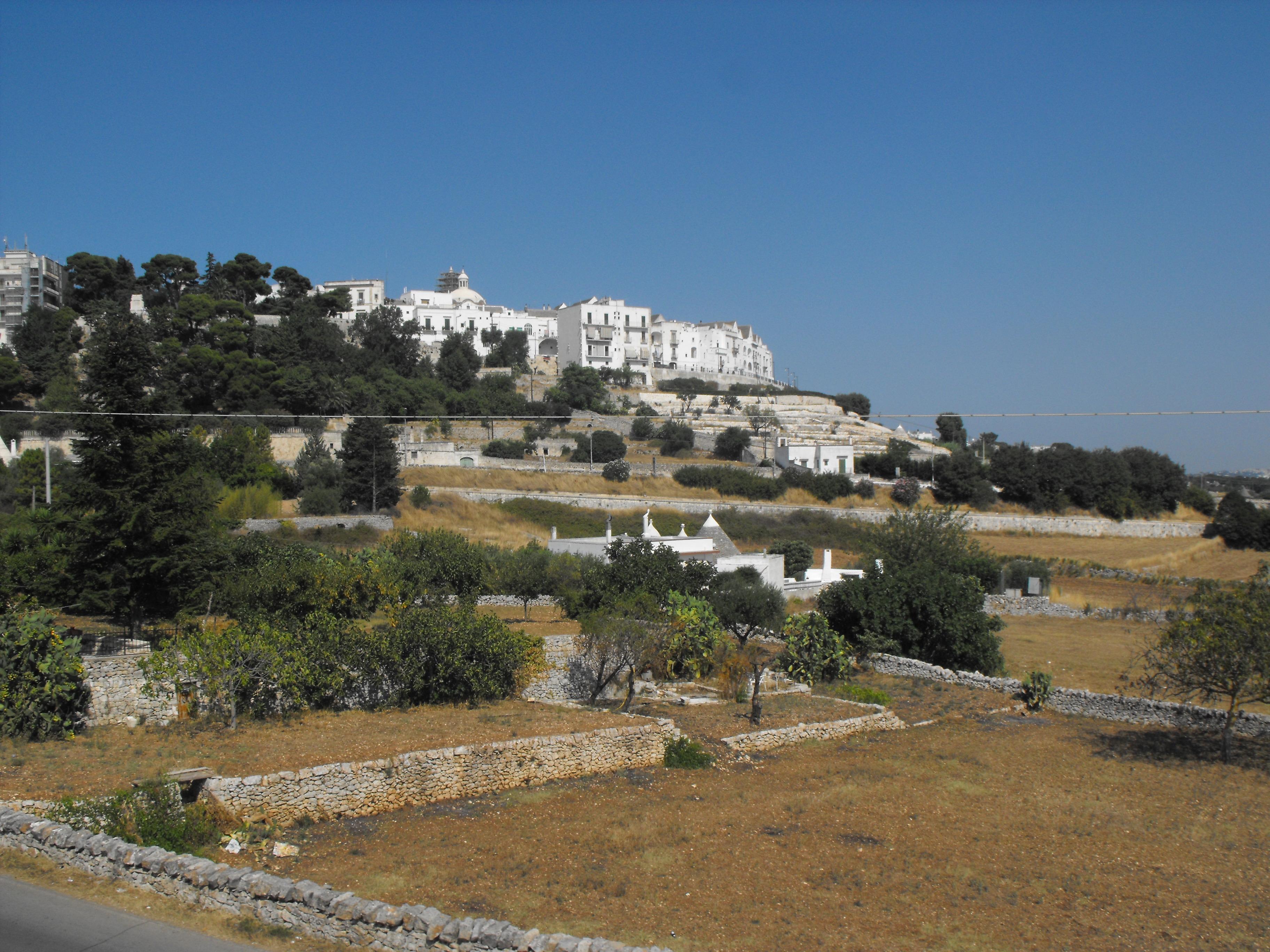 Cisternino, una vera e propria terrazza sulla Valle d\'Itria. | VIVI ...